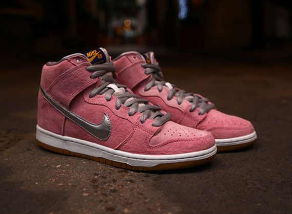 reputable site affbb ebc95 Concepts x Nike SB Dunk High When Pigs Fly Arriving at Additional Retailers