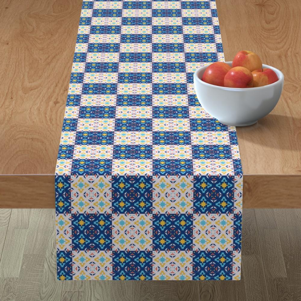 Piastrelle Decorative Per Tavoli decorative tiles #tablerunner by #designdn #spoonflower