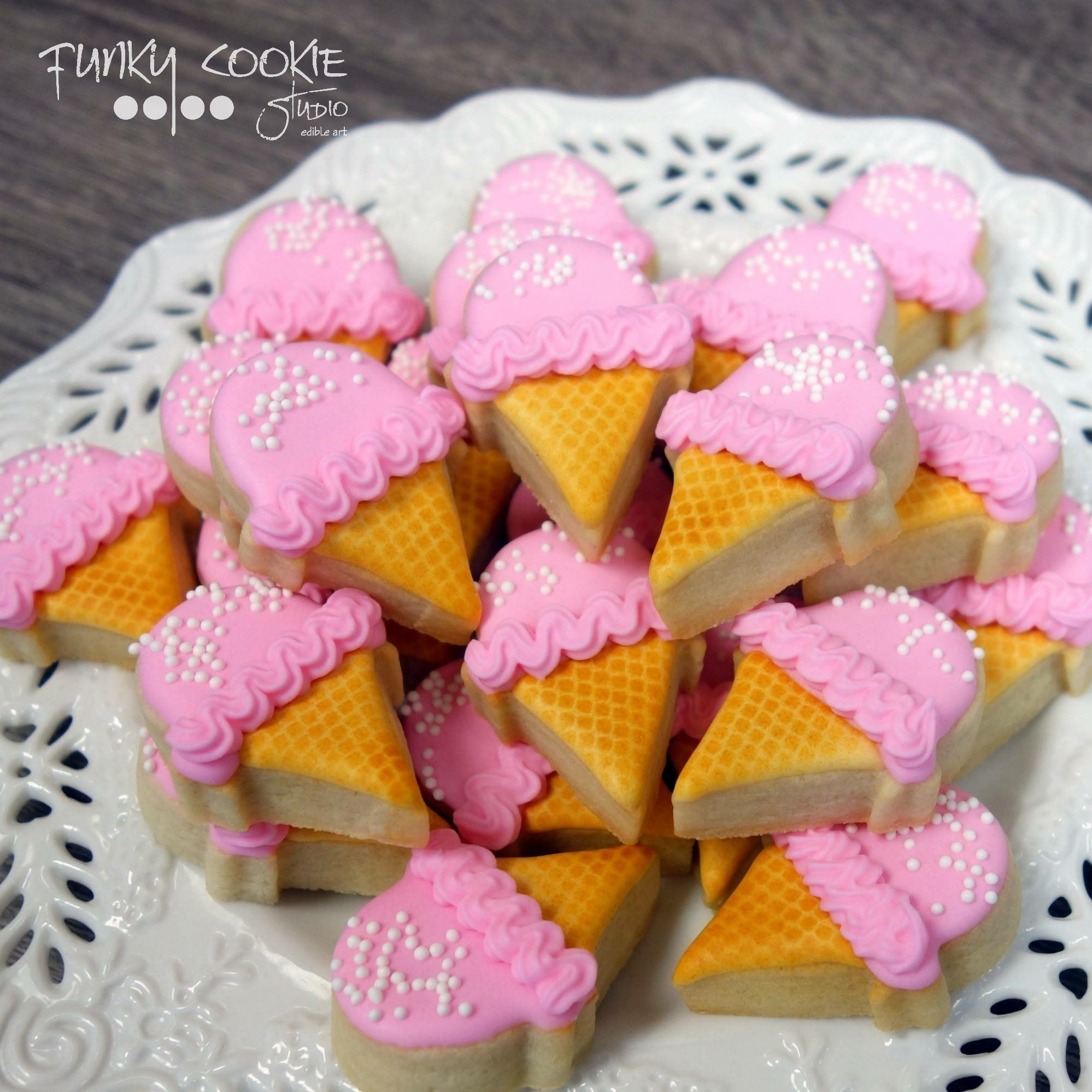 Ice cream cone cookies by Jill FCS