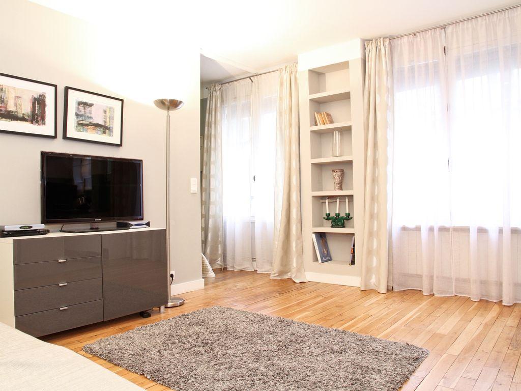 Interior design for double bedroom flat charming marais apartment next to place des vosges  bastille