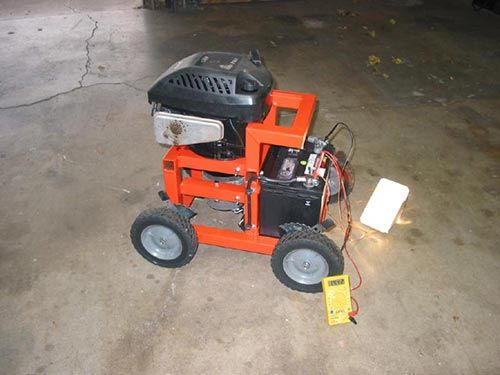 How To Convert An Old Lawnmower Into A Powerful Home Generator With Spring Almost Here Thank God It Is Usual Generator House Diy Generator Homemade Generator