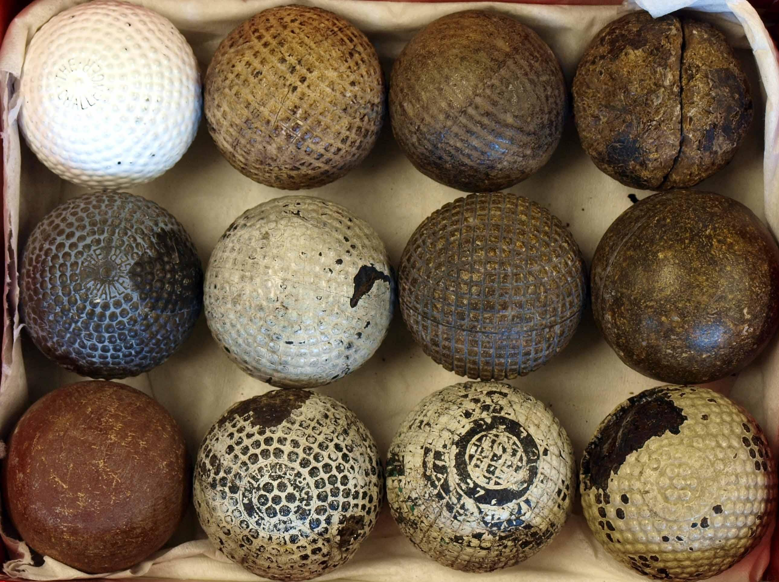 Midget honor gutta percha golf ball