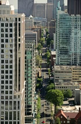 Peachtree Street Midtown Atlanta Old Mansions Atlanta Attractions Places Around The World