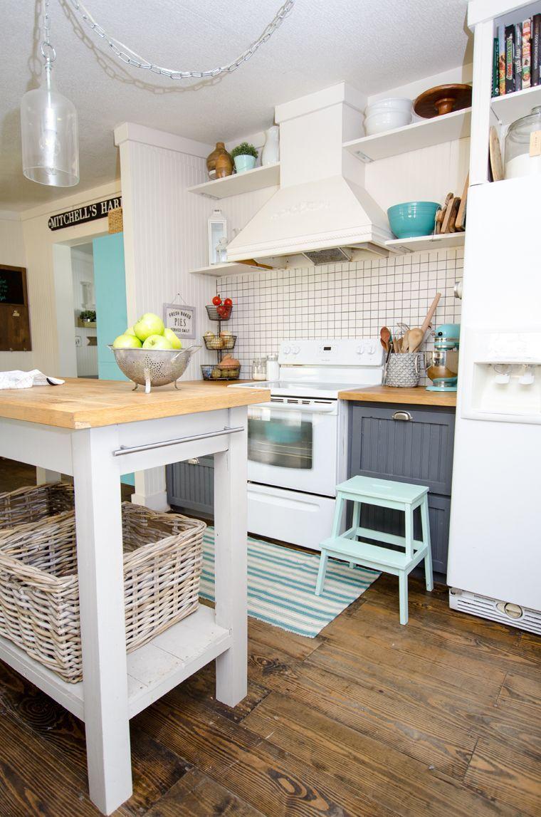 17 Incredible Coastal Interior Dark Wood Ideas Coastal Decorating Living Room Coastal Bedrooms Coastal Kitchen