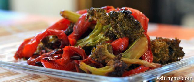 Roasted Broccoli and Red Peppers, caramelized with deep flavor. #broccoli #redpepper