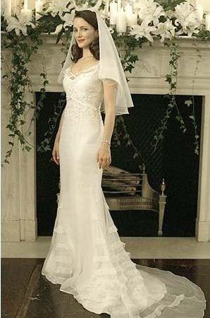 Great Charlotte us Badgley Mischka wedding dress from SATC