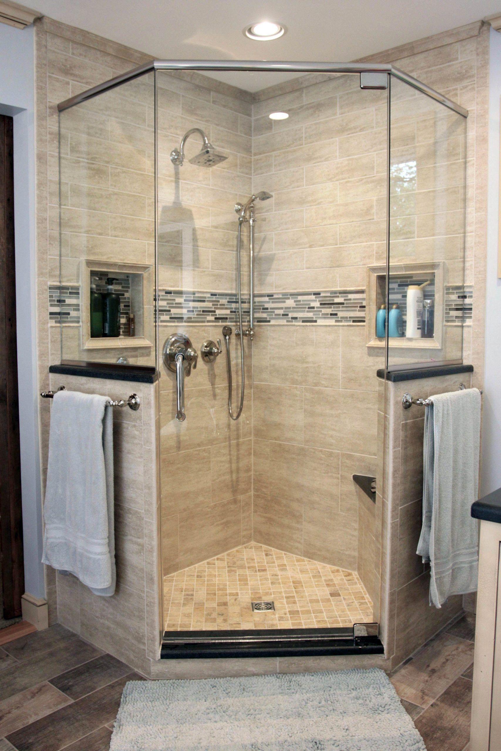 Bemerkenswerte Duschkabinenbasis Mit Sitz Exklusiv Auf Dhomedesign Com Eckduschen Dusche Umgestalten Badezimmer Renovieren