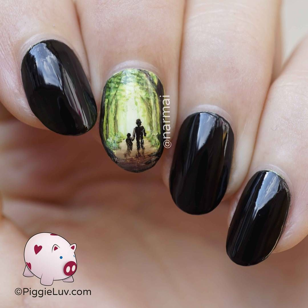 Drawings on the nails for the New Year 2019: photo design 90