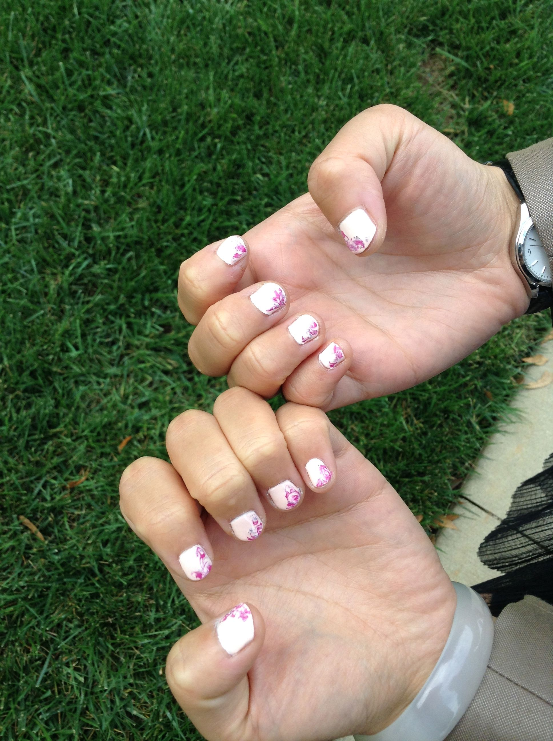 Pink background with blended purple. Nail art for short nails ...