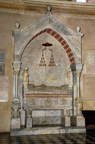 Monumento funebre del cardinale Longo degli Alessandri - Ugo da Campione (attribuito) - post 1319-1330