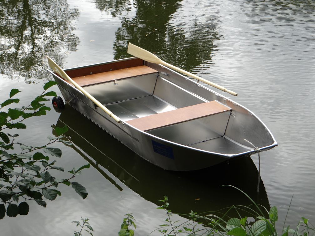 barque de p che bark barca da pesca barco de pesco barque en aluminium barque de p che en. Black Bedroom Furniture Sets. Home Design Ideas
