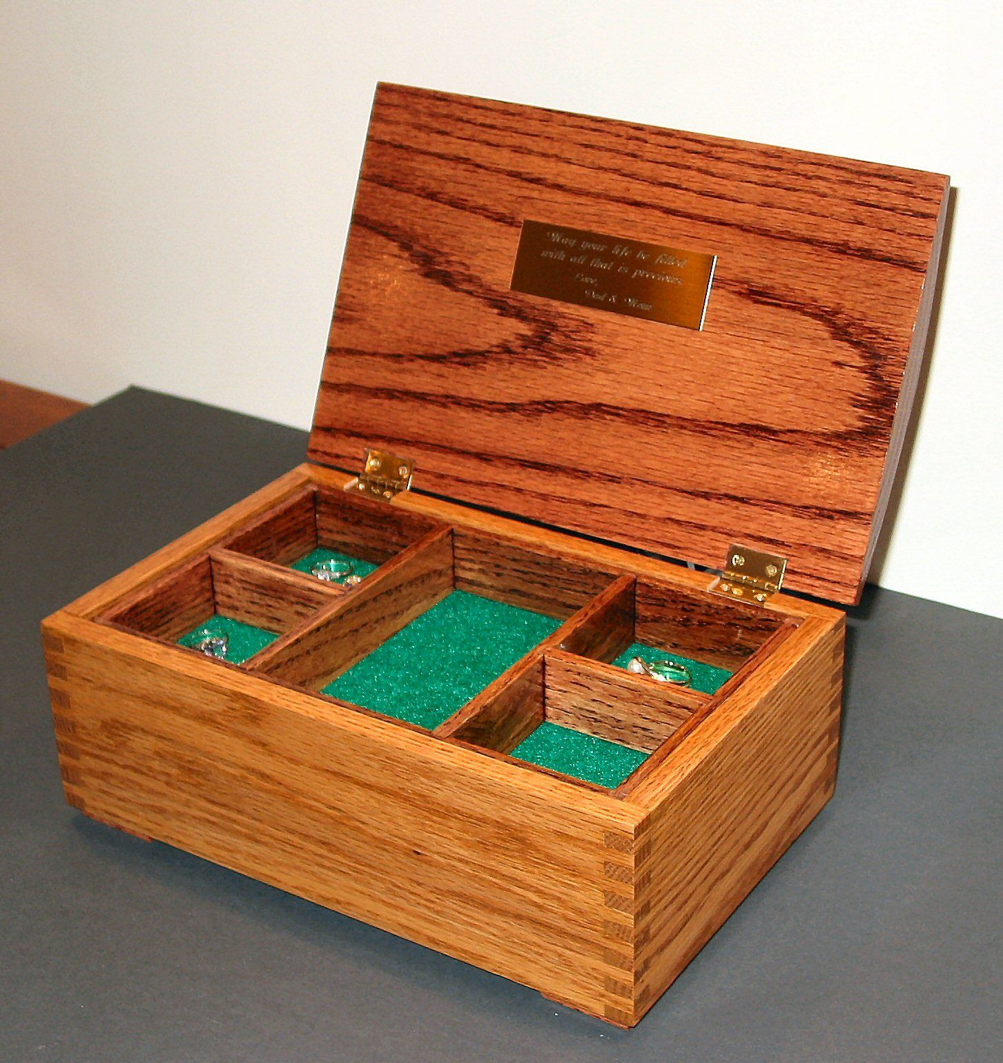 Oak Jewelry Box Featuring Box Joint Construction Jewelry