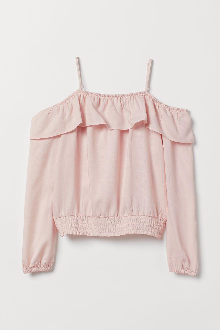 5a37e6b2ad35 H&M Open-shoulder Blouse - Pink i 2019   Kläder!   Cold shoulder ...