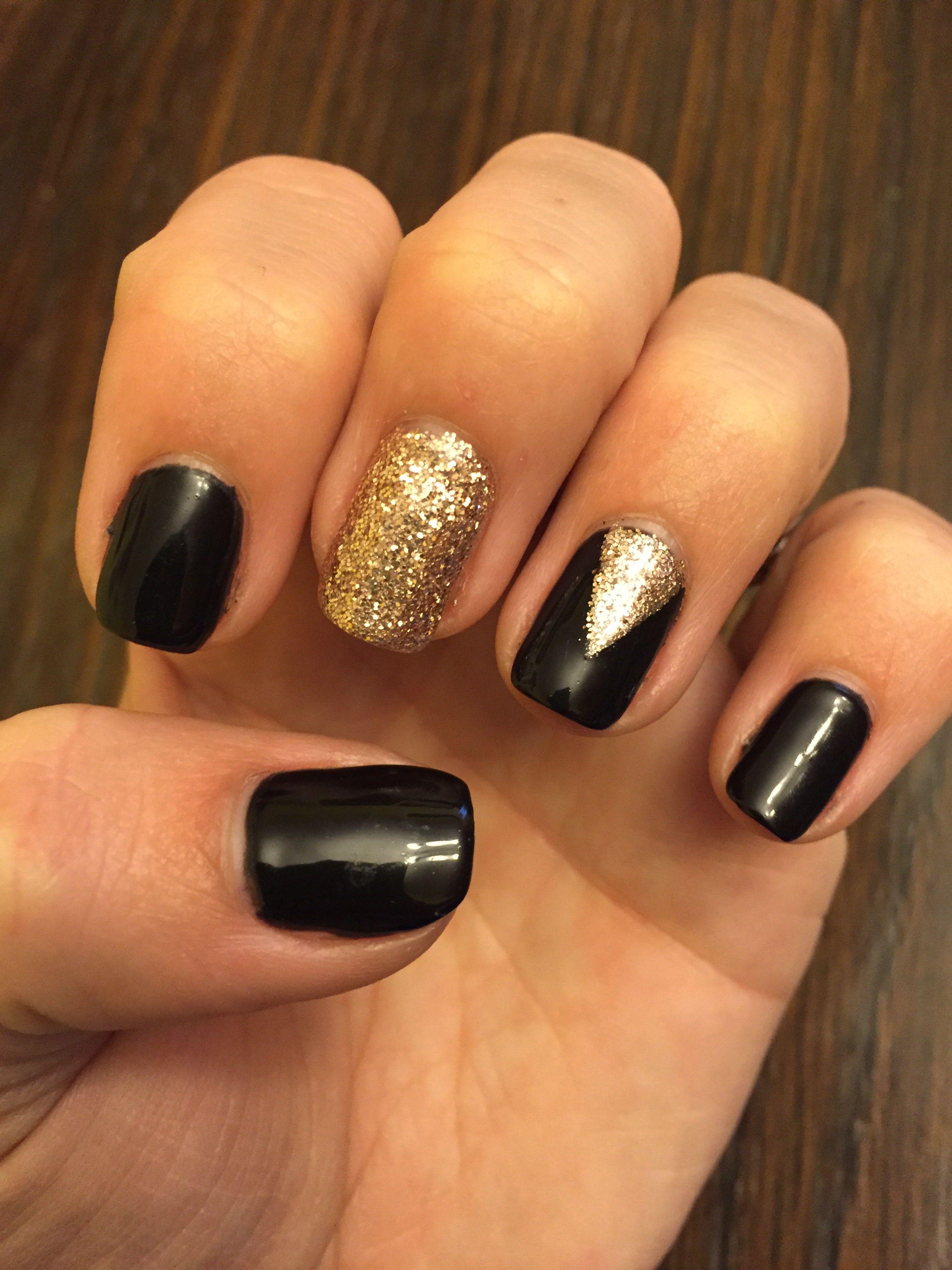 Black And Gold Cnd Shellac Glitter Nail Design Nails My Guilty