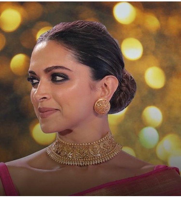 Ht Most Stylish Awards 2018 Gold Necklace Indian Bridal Jewelry Bridal Jewellery Indian Gold Jewelry Fashion