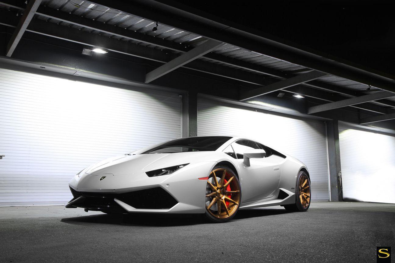 Delightful Lamborghini Huracan   Savini Wheels