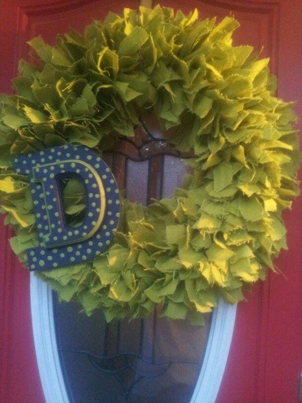 """24"""" green w double decker letter"""