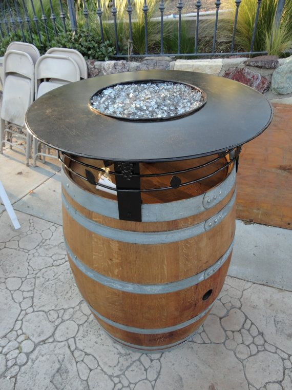 wine barrel fire pit back yard ideas pinterest barrique am nagement ext rieur et tonneau. Black Bedroom Furniture Sets. Home Design Ideas