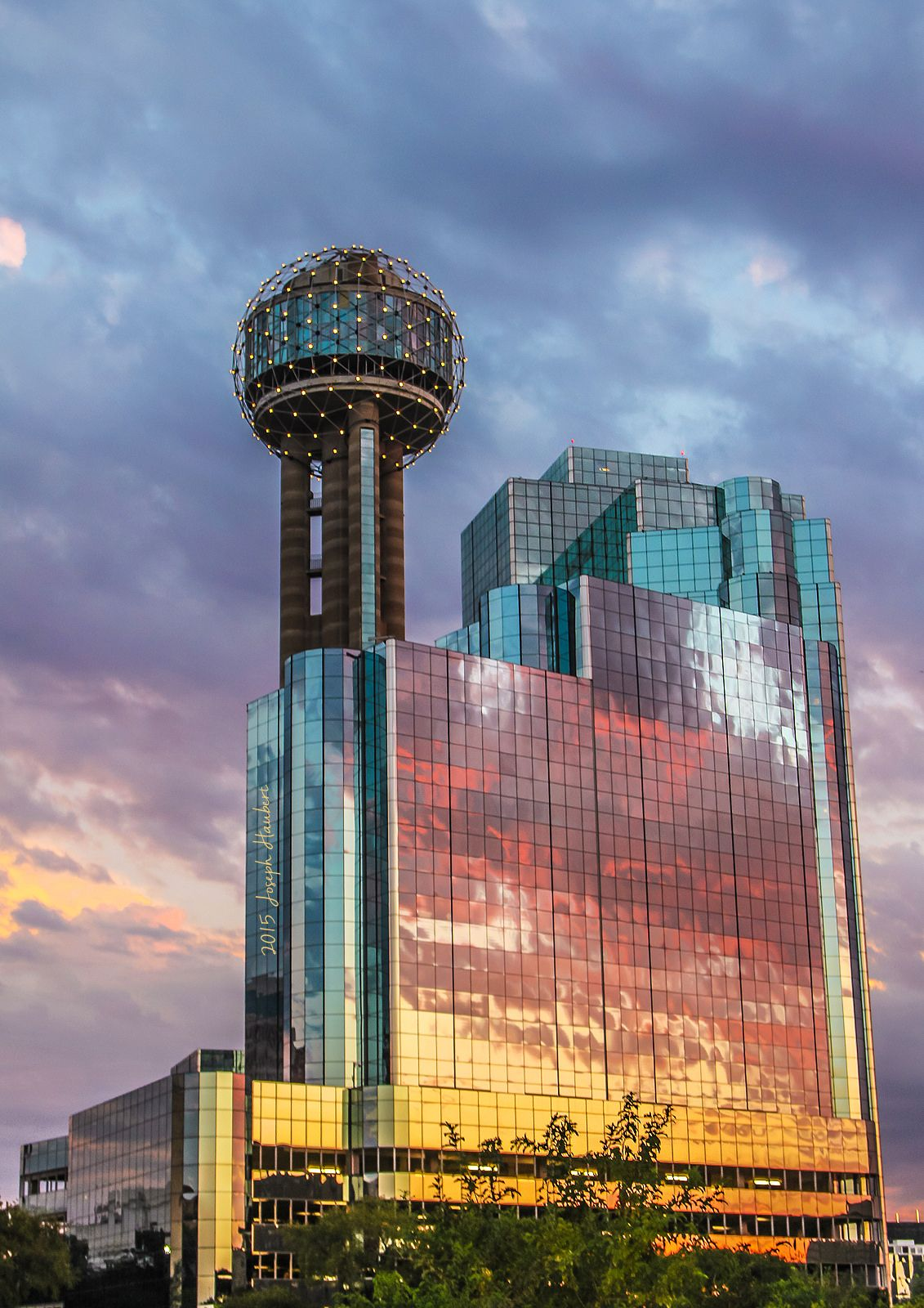 Reunion Tower / Hyatt Hotel Dallas