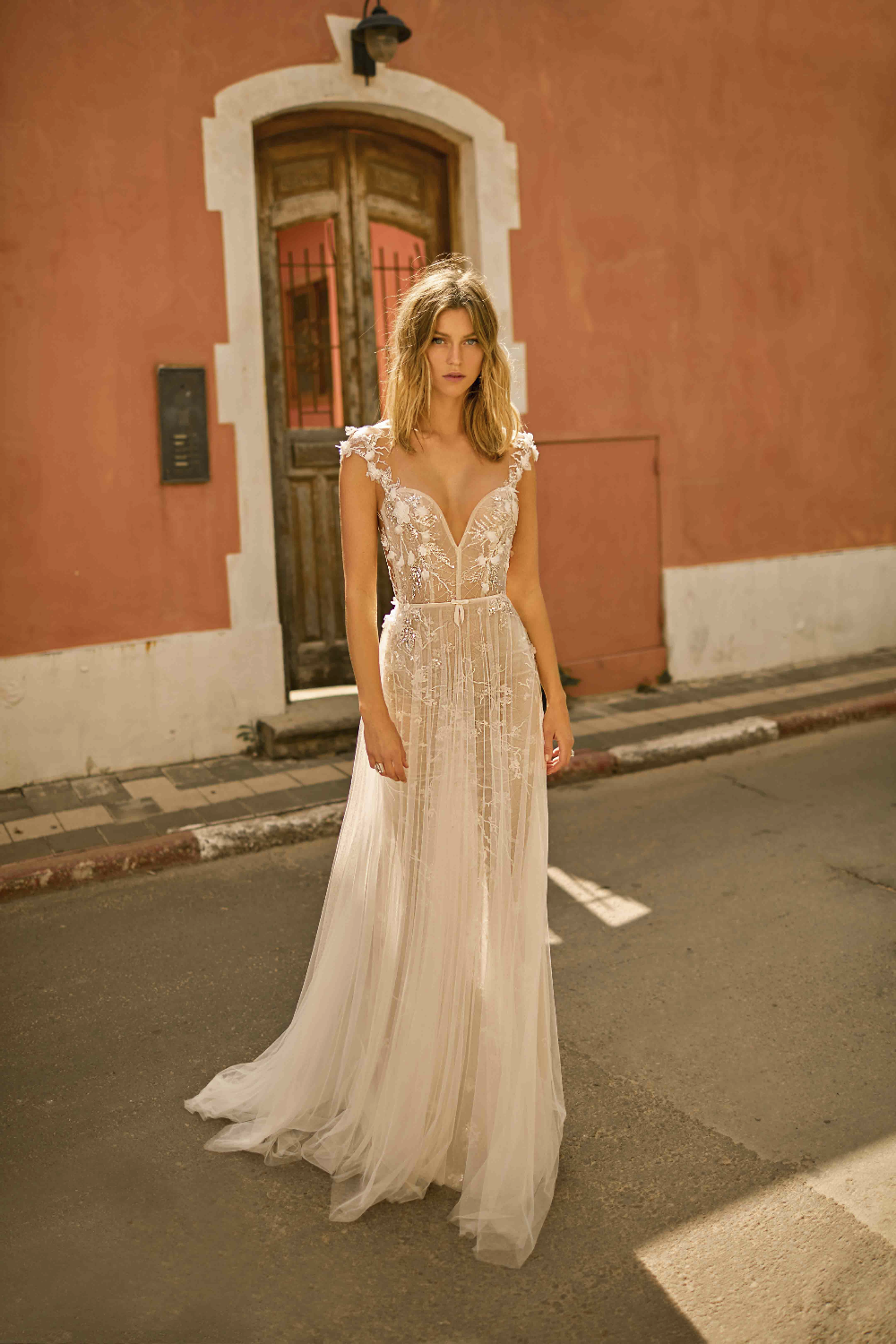 Muse By Berta Emilia Wedding Dress Primalicia In 2020 Muse By
