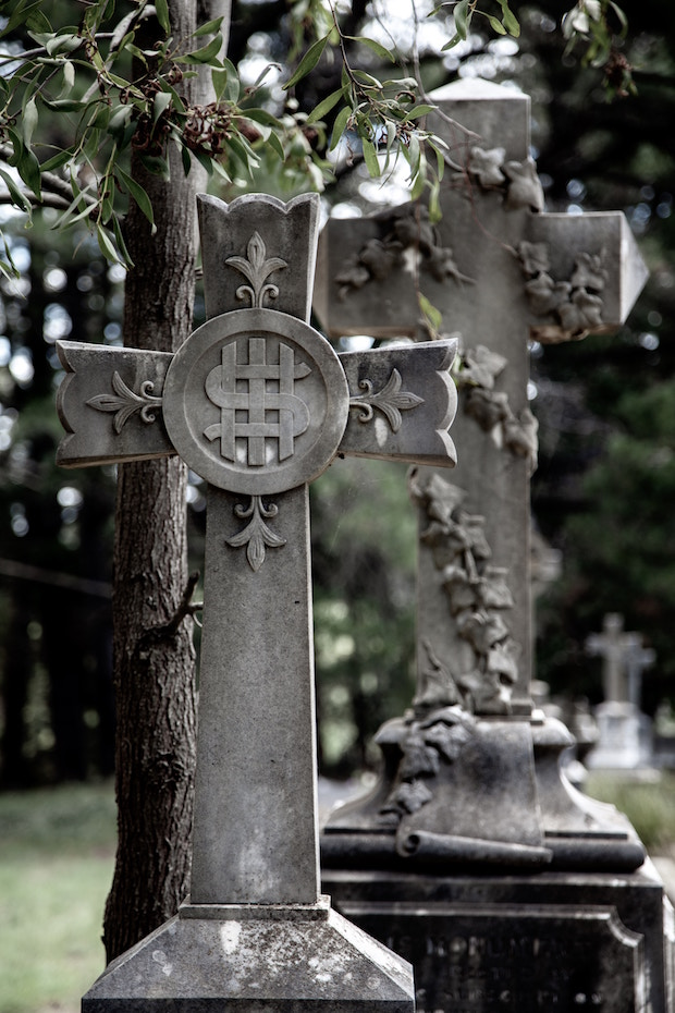 Hidden Meanings of 20 Gravestone Symbols County map