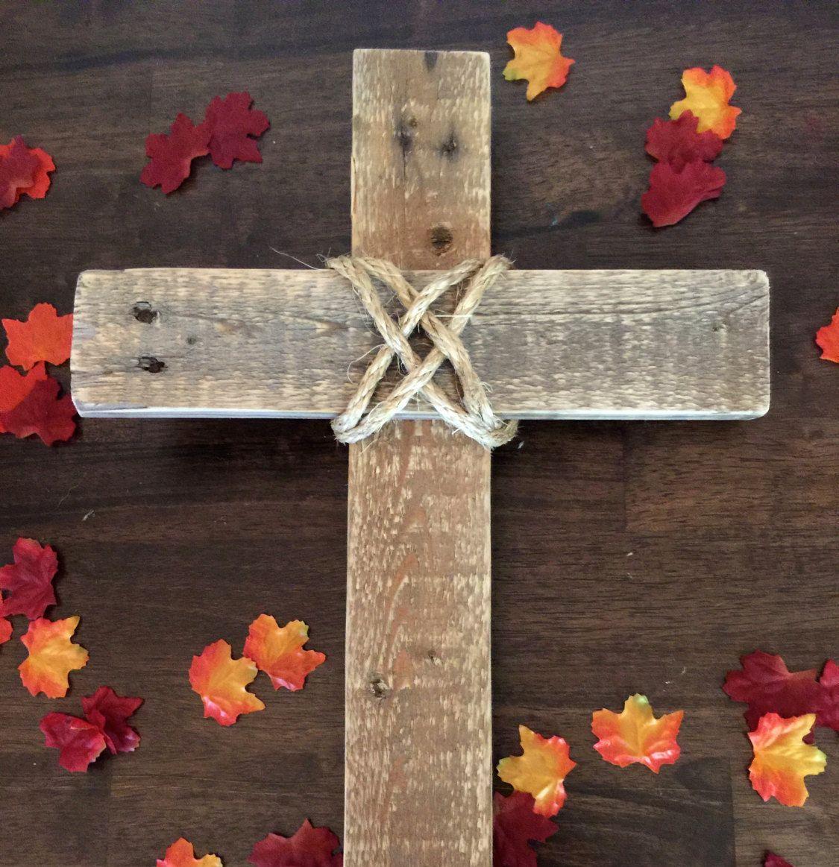 Wonderbaarlijk Dit unieke handgemaakte Kruis was gemaakt van pallet hout en MK-34