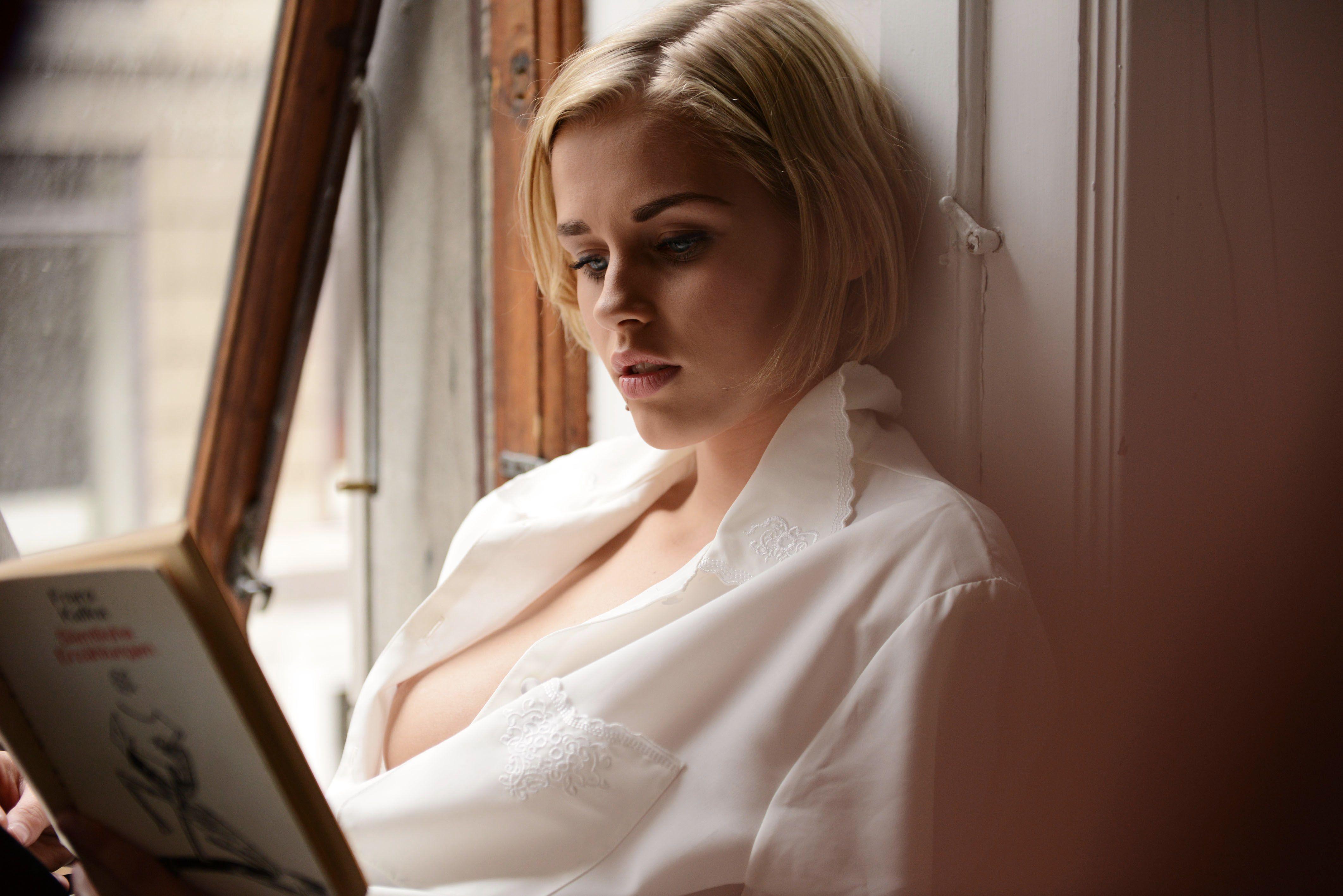 Photography: Jens Stoltze Model: Ida Marie / Le management