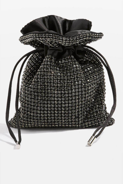 09211c06a91cb2 Le borse a sacchetto sono molto vintage ma davvero carine, e possono andare  bene al