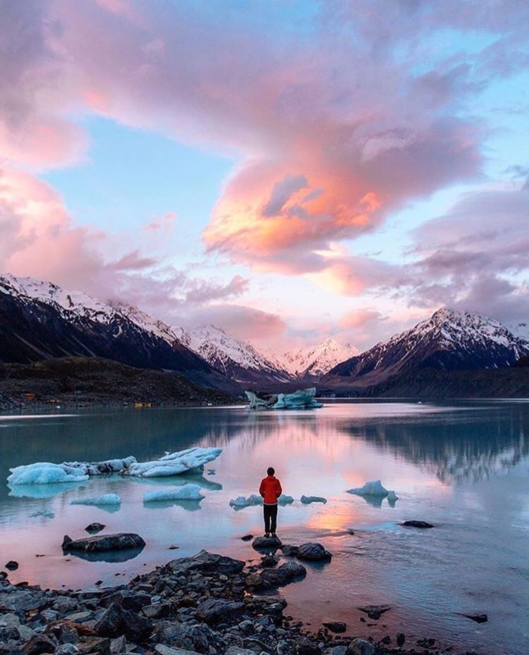 """860 Likes, 13 Comments - Discover New Zealand. (@discover_newzealand) on Instagram: """"Fire and Ice! 🔥🔥❄️❄️ . #discover_newzealand  Tag who you would love to Discover New Zealand with!…"""""""