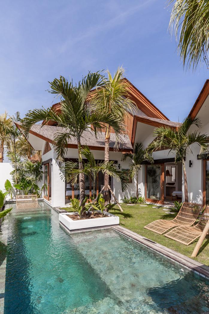 Villa Ruby The Perfect Holiday House Bali Interiors Beach House Exterior Bali House Tropical Beach Houses