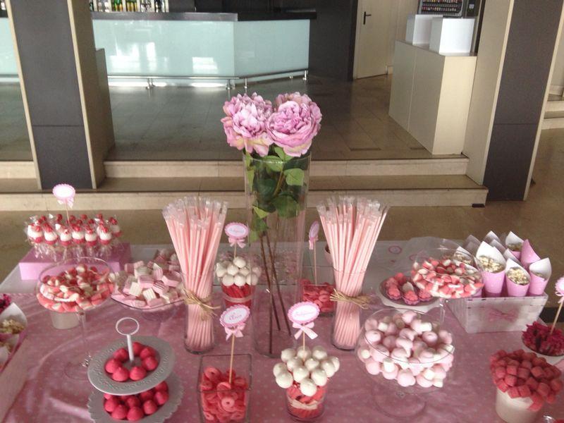 Mesa chuches comuni n decoraci n para fiestas - Decoracion con chuches ...
