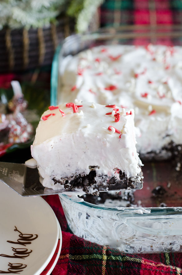 This Peppermint Marshmallow No-Bake Dessert is a blend of peppermint, Cool Whip, and