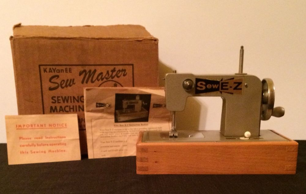 Vintage KAYanEE Sew Master Sew EZ Sewing Machine WOriginal Box Fascinating Ez Sewing Machine