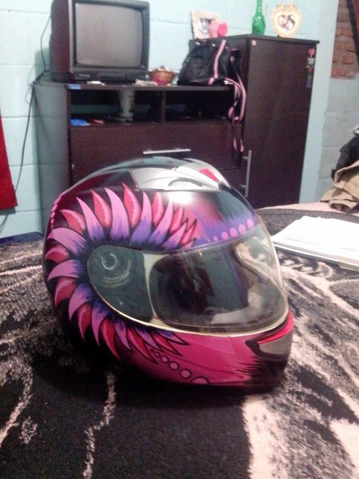 helmet painted with posca pens )