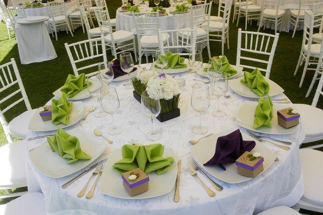 Silla tiffany blanca y mesa redonda a m pinterest - Mesas y sillas blancas ...