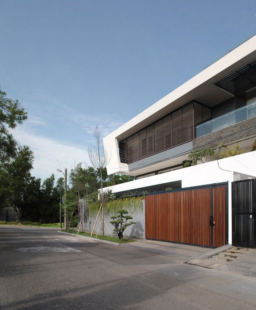 DP+HS Architects Designs a Contemporary Home in Jakarta | Moderne ...