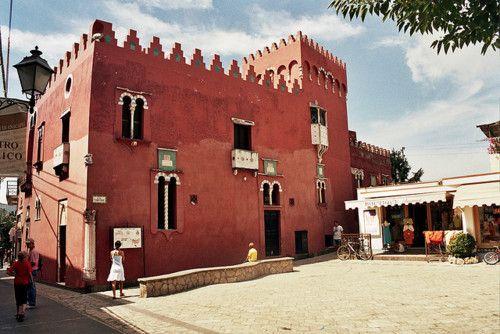 Moorish Architecture, Capri