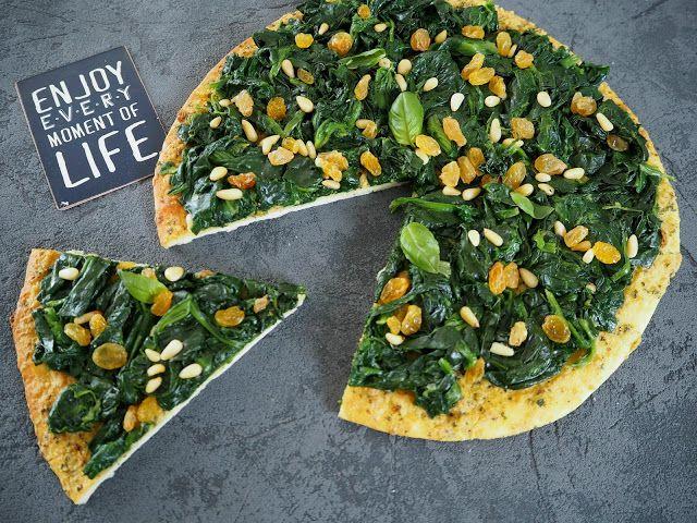 Smaki Francji Wspolczesna Kuchnia Francuska Pizza Ze Szpinakiem Rodzynkami I Pesto Cuisine Francaise Recette Vegetarienne Cuisine