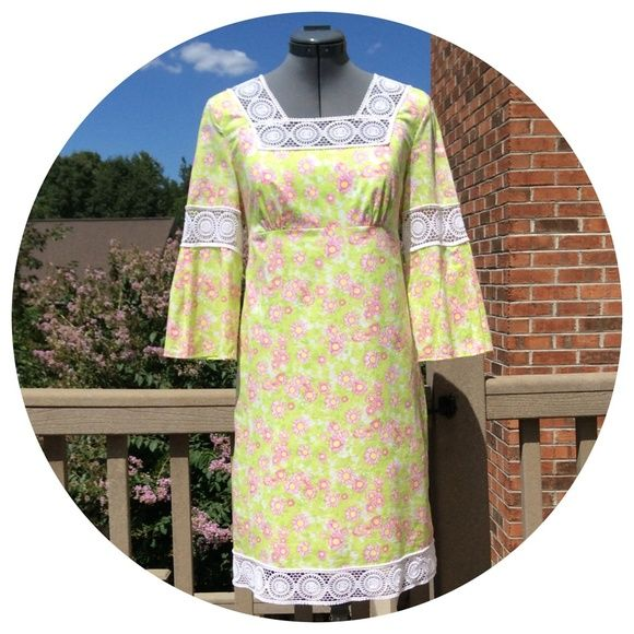 ee9ce782bc901a Lilly Pulitzer Lace Inset Daisy Print Dress Lilly Pulitzer Lace Inset