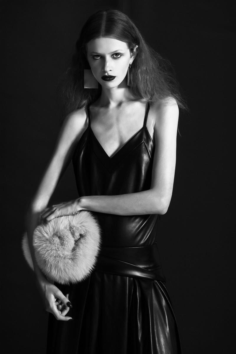 Neo-Noir by John Gillespie Hairdressing