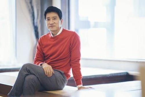 Veteran actor Kim Myung-min respects student soldiers of Korean War operation