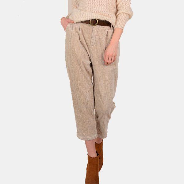 Photo of No busques más, estos pantalones son la alternativa a los vaqueros que mejor sienta