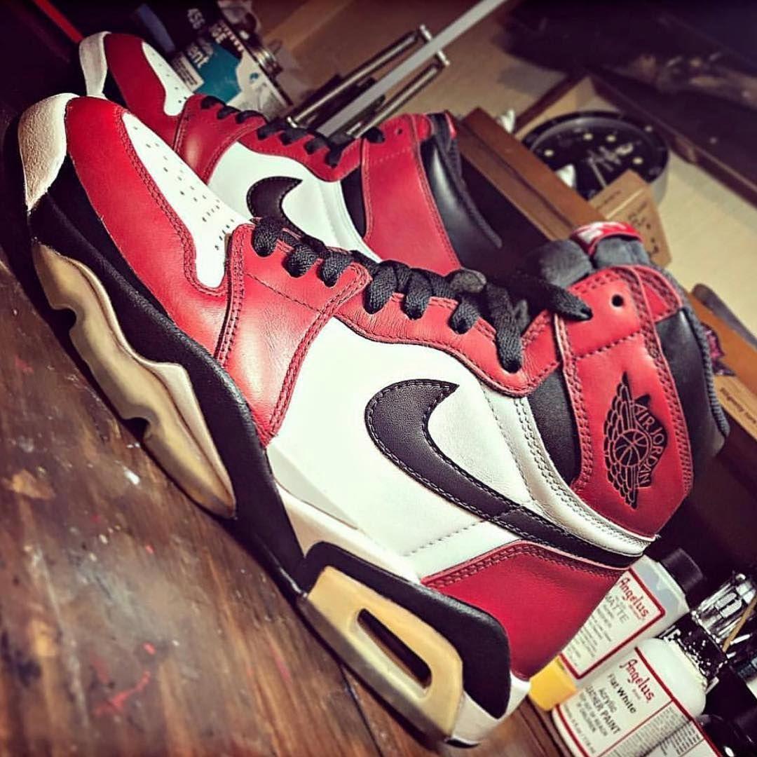 Nike Air Jordan Retro 1/6 Hybrid