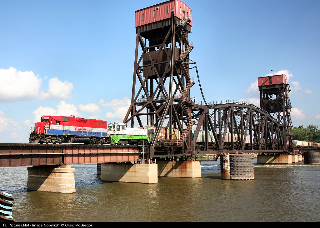 RailPictures.Net Photo: TPW 3821 Toledo, Peoria & Western EMD GP38-2 at Peoria, Illinois by Craig McGregor