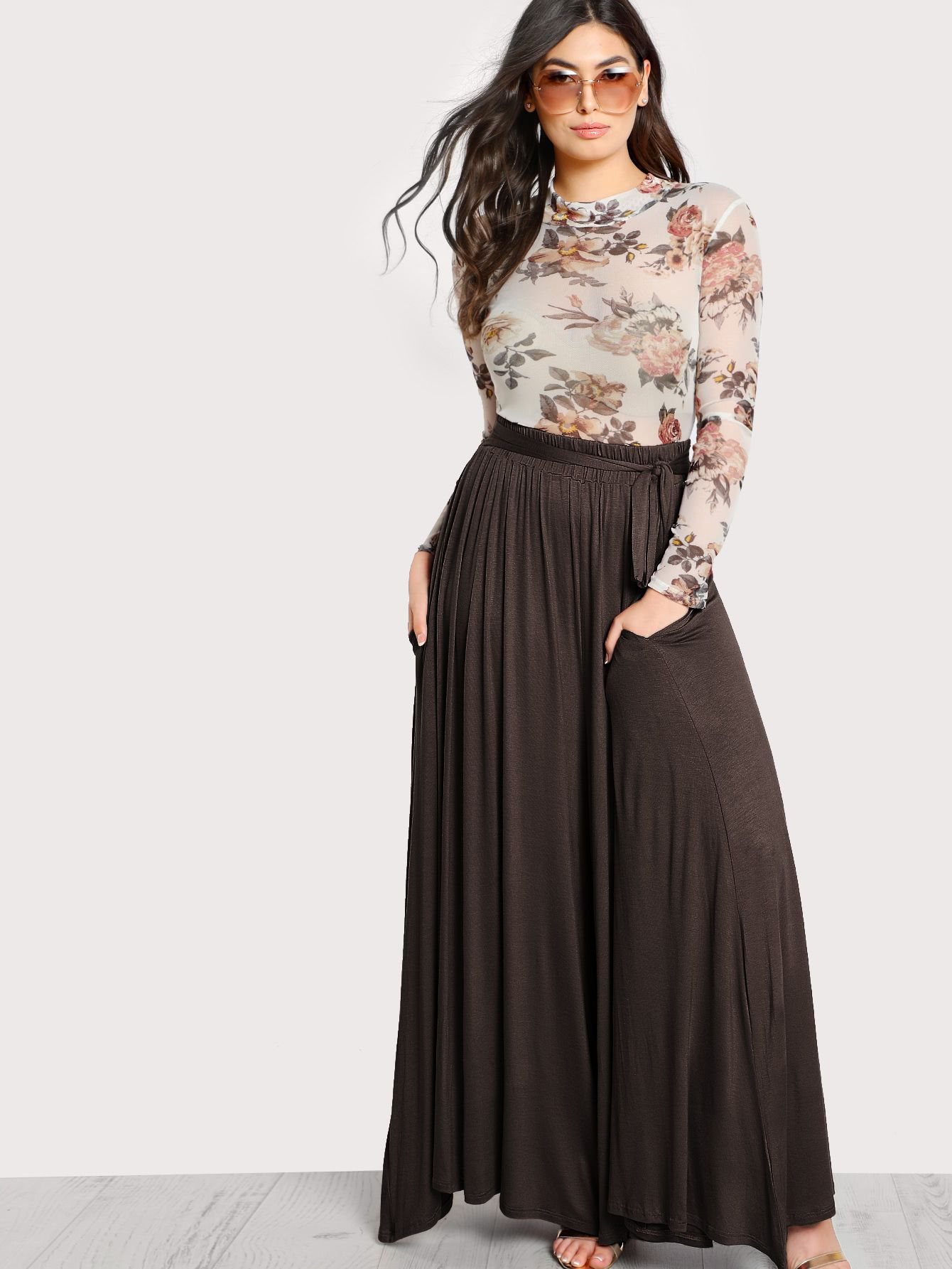 Shop High Rise Front Tie Flowy Palazzo Pants online. SheIn offers High Rise  Front Tie Flowy Palazzo Pants   more to fit your fashionable needs. a9401fc726af
