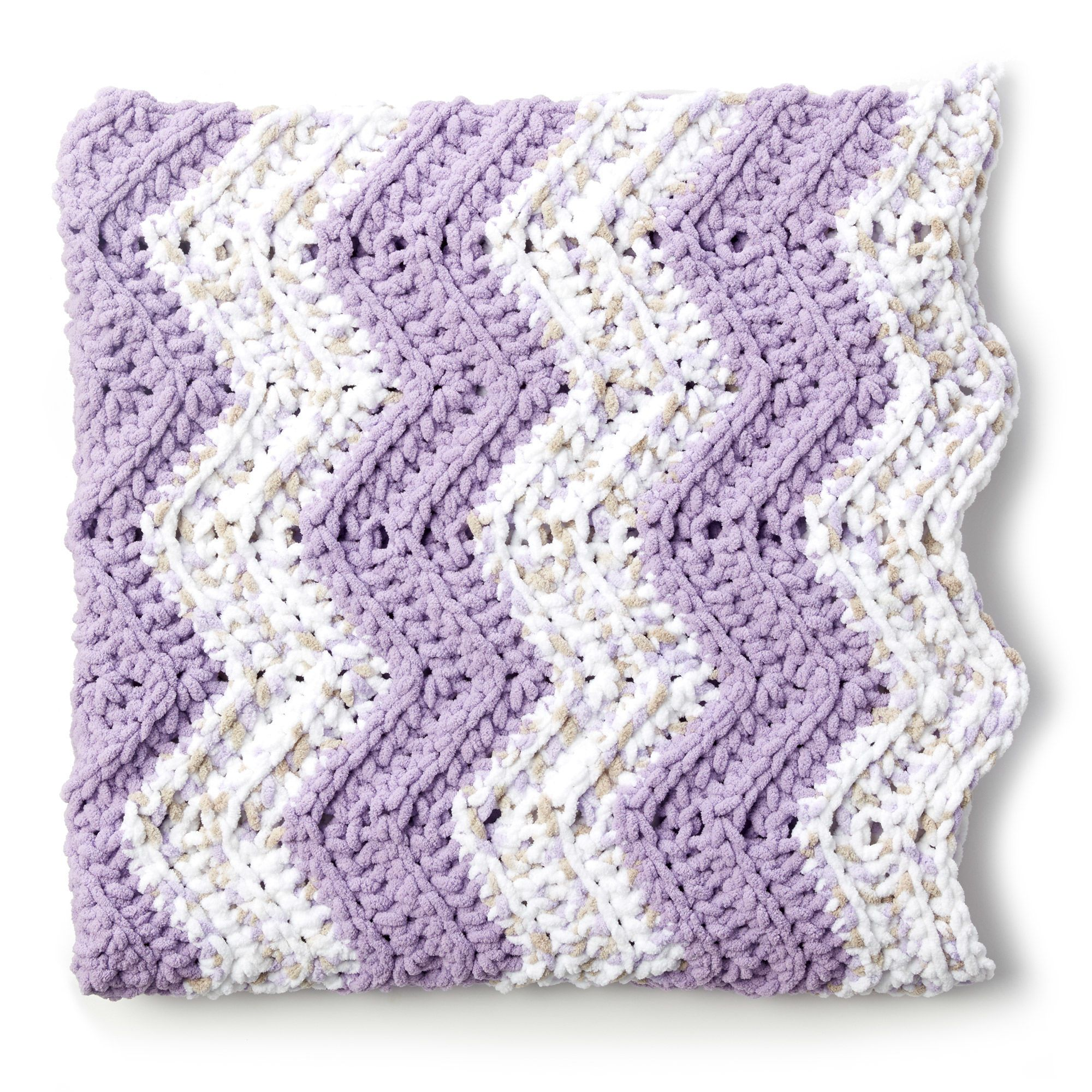 Bernat Simple Chevron Baby Blanket Pattern | Yarnspirations ...