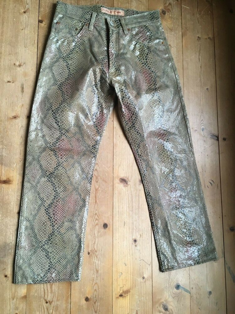 d2c42f40525dcb Energie Jeans high waist 90er vintage animal Print Schlange taupe rot glanz  W 32