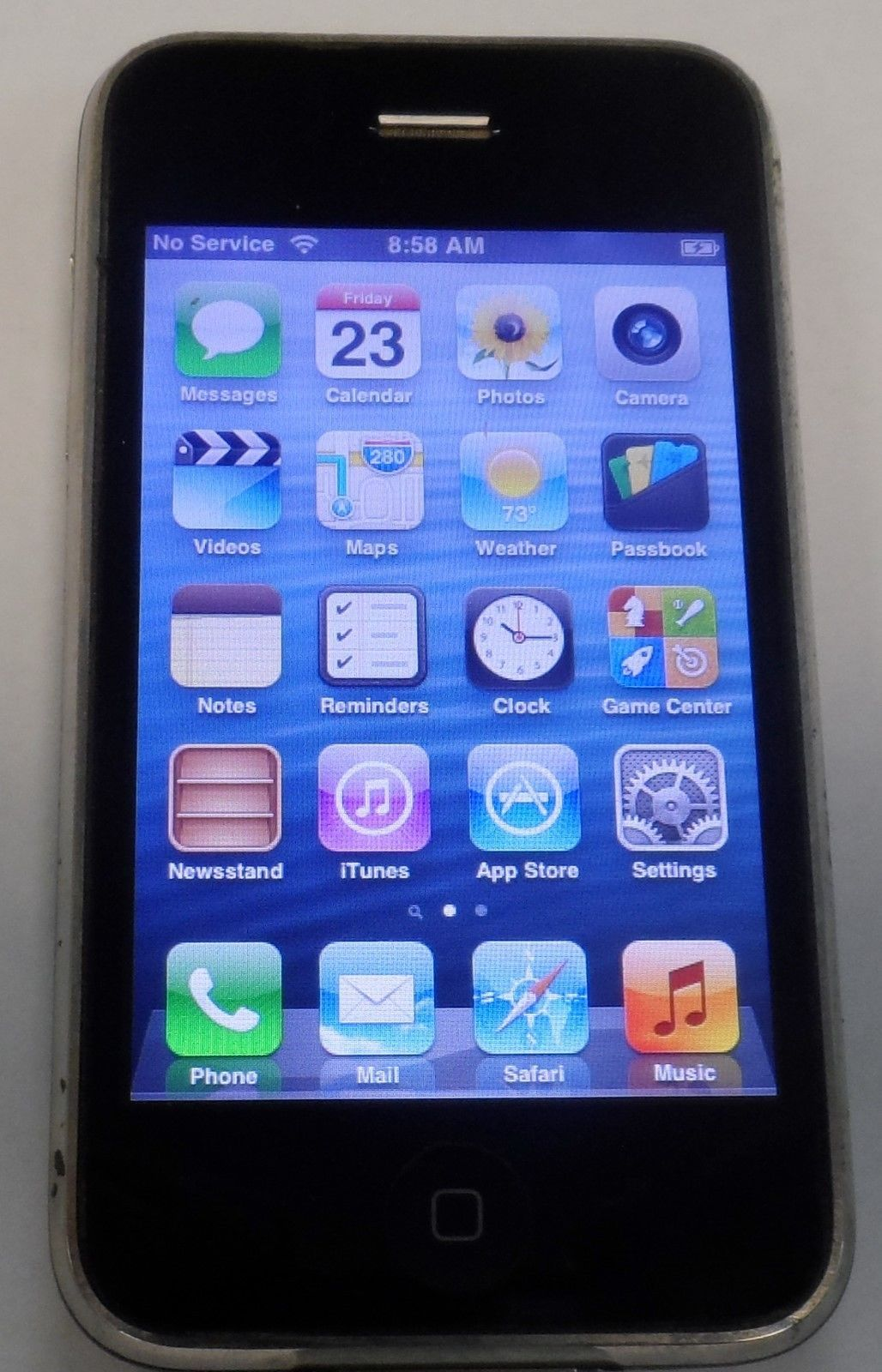 Iphone 3gs Apple Iphone 3gs 8gb Black At T Smartphone Mc640ll A