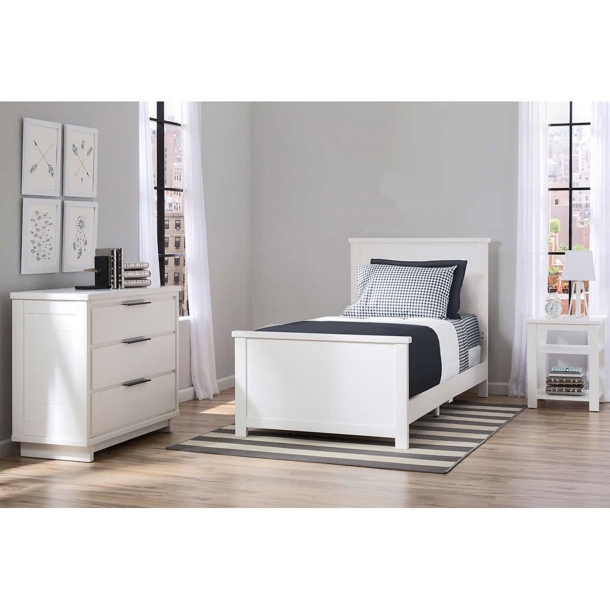 749 for 3 pieces  bed nightstand dresser  twin