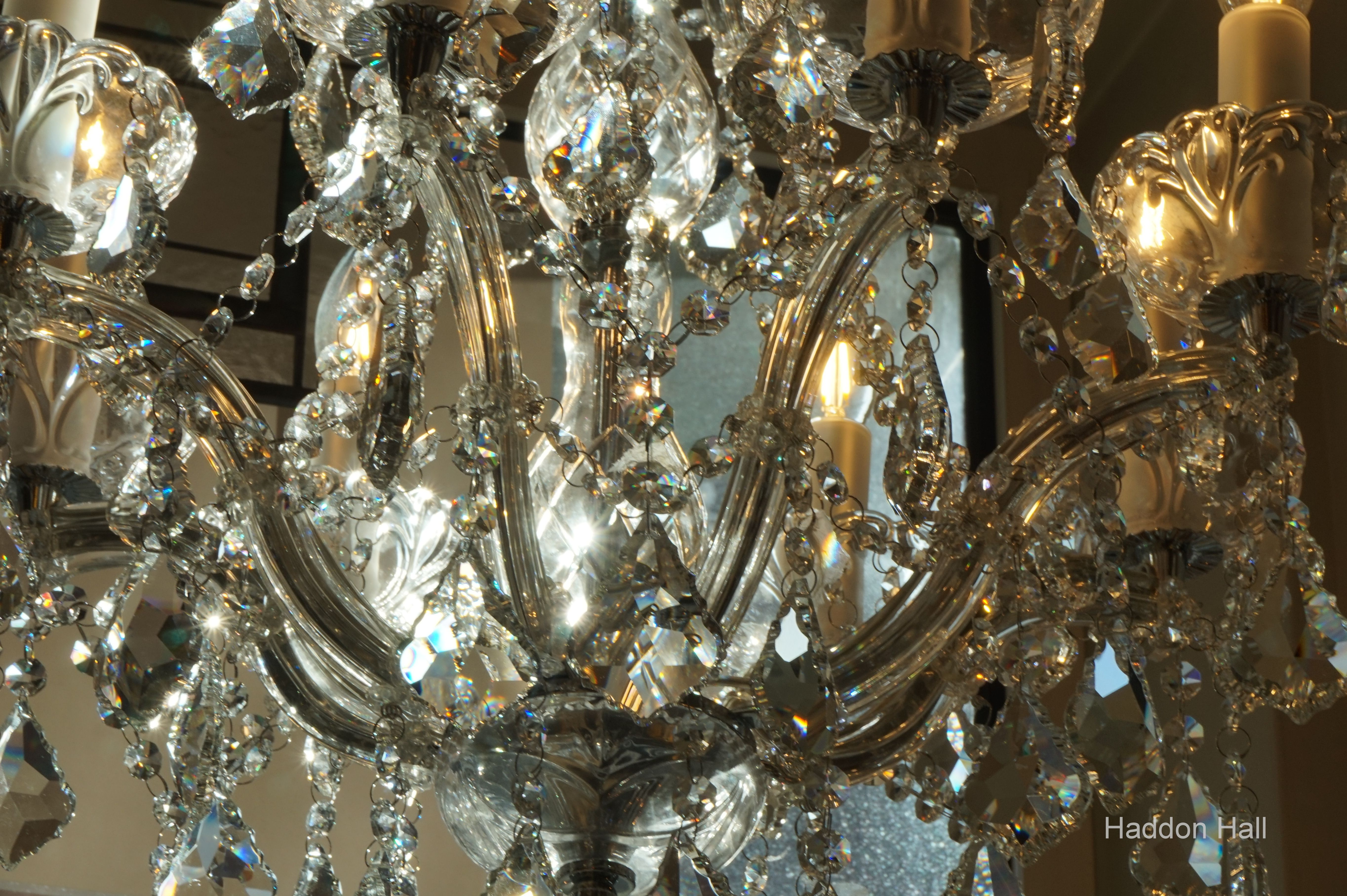 Kristal Lampen Amsterdam : Pin von de wereld van haddon hall auf kroonluchter kristal